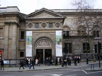 National Portrait Gallery (London) in London, St Martin's Place WC2H 0HE